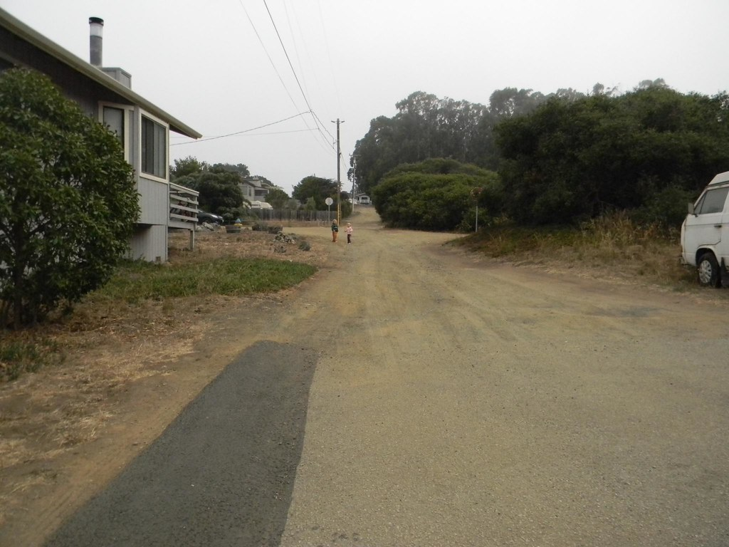 the mystery that are the dirt roads of our neighbhorhod
