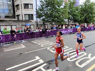 Evelin Talts (Estonia) Ni Lar San (Myanmar) - London 2012 Women's Marathon