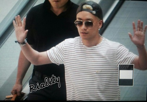 Big Bang - Incheon Airport - 29may2015 - Seung Ri - withriality - 03