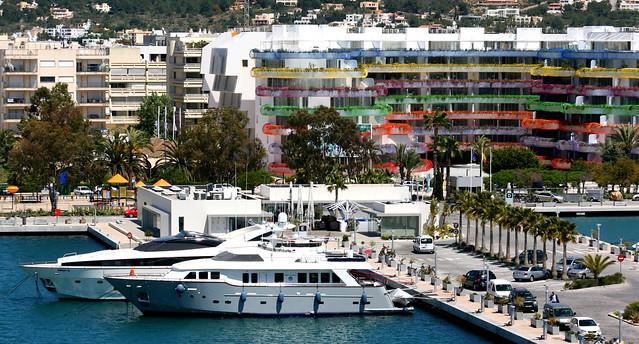Life Marina Ibiza