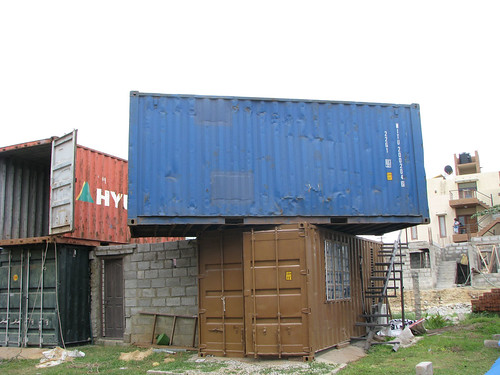 Container_Home_In_Making_As_Lego_Bricks