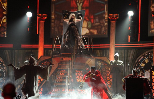 Nicki Minaj 2012 GRAMMY Performance: Roman Holiday 2