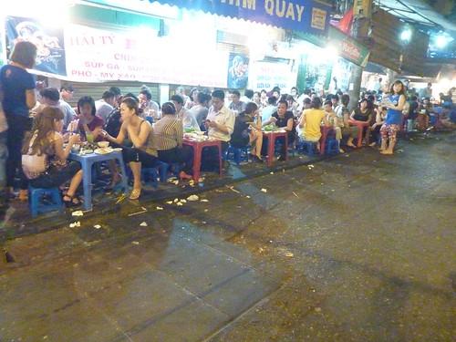 Hanoi 12-Bia Corner(50)