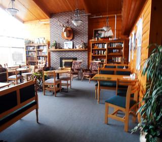 Silverwood Inn Lobby