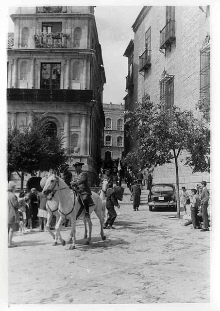 Corpus de 1953. Plaza del Ayuntamiento. Colección Luis Alba. Ayuntamiento de Toledo