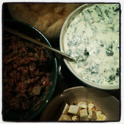 Dinner: Tuna salad, Feta, Spinach with Jogurt, Pita bread... #12von12 #12on12th