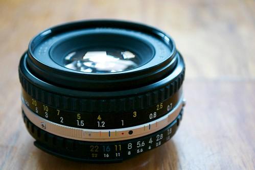 50mm f/1.8 Series E