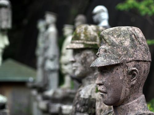 120609_軍人墓地-007