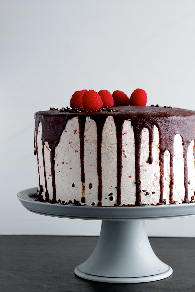 Dark Chocolate Raspberry Buttercream Cake With Ganache