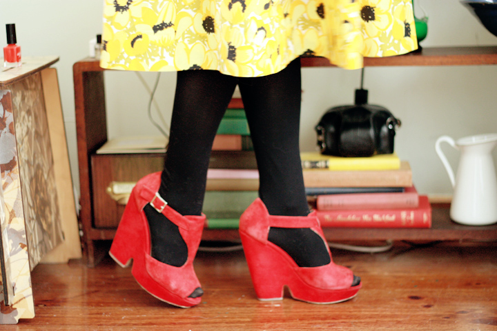 yellow flowers e