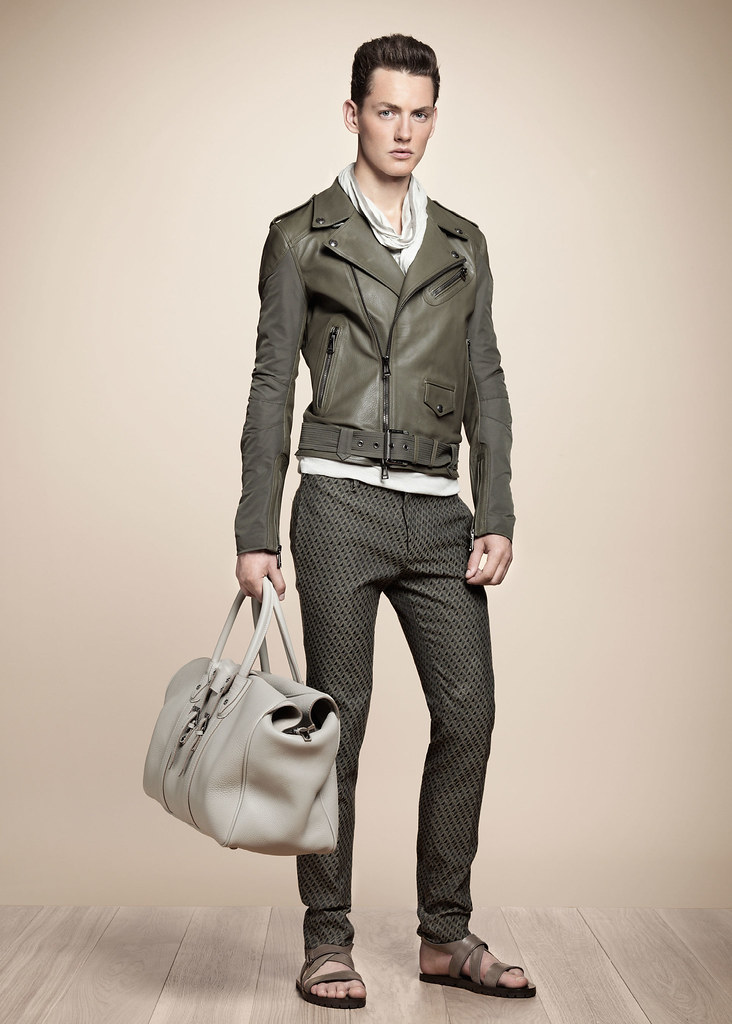 SS13 Milan Belstaff051_Jakob Hybholt(fashionising.com)