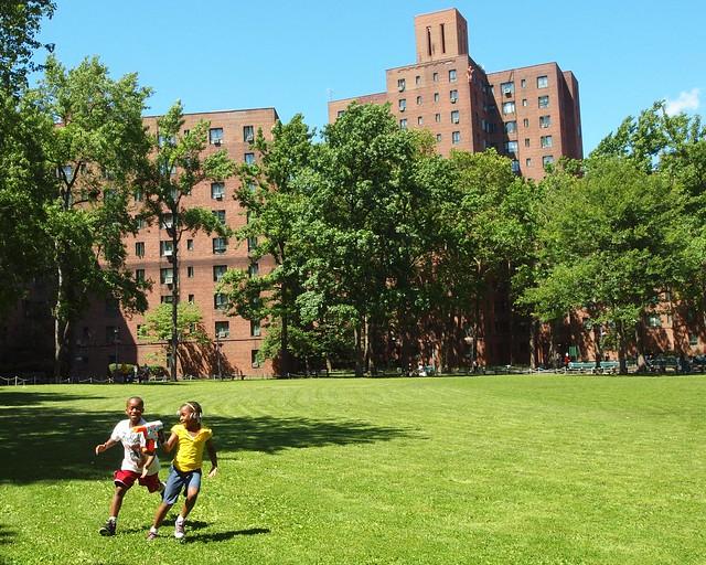 Parkchester Apartment Complex Bronx New York City Flickr Photo Sharing