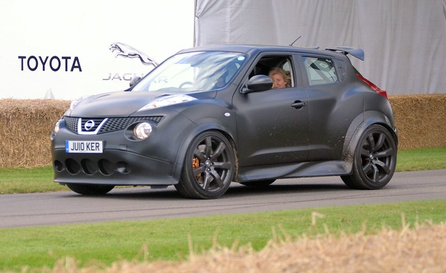 nissan juke gtr flickr photo sharing. Black Bedroom Furniture Sets. Home Design Ideas