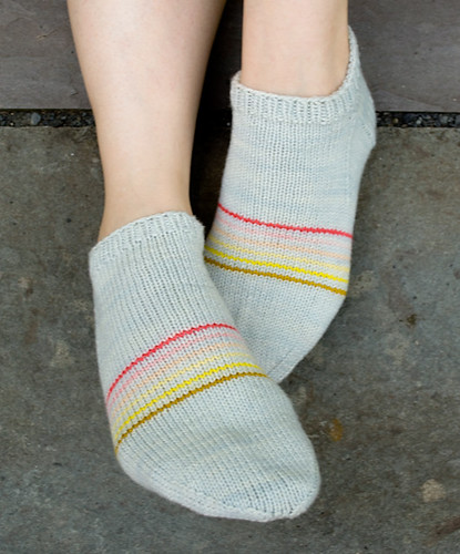 Whit's Knits: Sporty Striped Peds