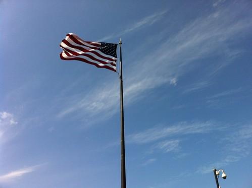 flag :: ventura pier