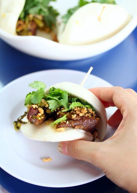 Tai Thai: Pork Belly Buns (扣肉包)