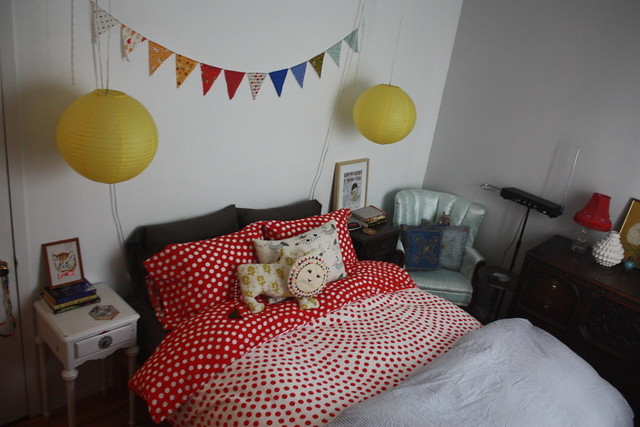 Dots bedroom