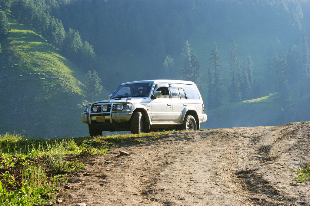 """MJC Summer 2012 Excursion to Neelum Valley with the great """"LIBRA"""" and Co - 7607864976 d77e8da88e b"""
