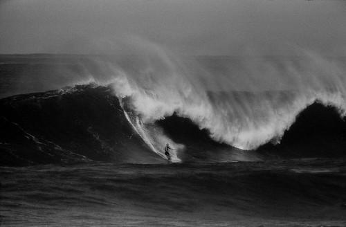 LeRoy Grannis, Bob Beadle, Sunset Beach, 1962