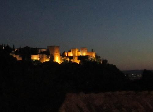 夜のアルハンブラ宮殿 2012年6月4日 by Poran111