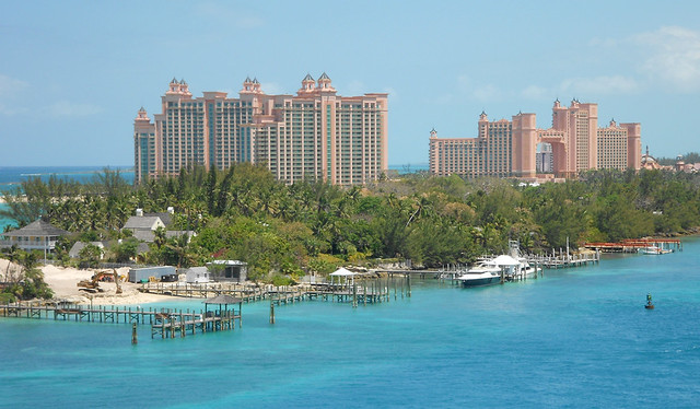 Was Nassau Paradise Island Damaged In  Hurricanes