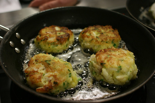 Frying fishcakes