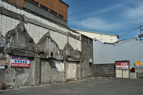河原町旧繊維問屋街が「アートの街」に遷移