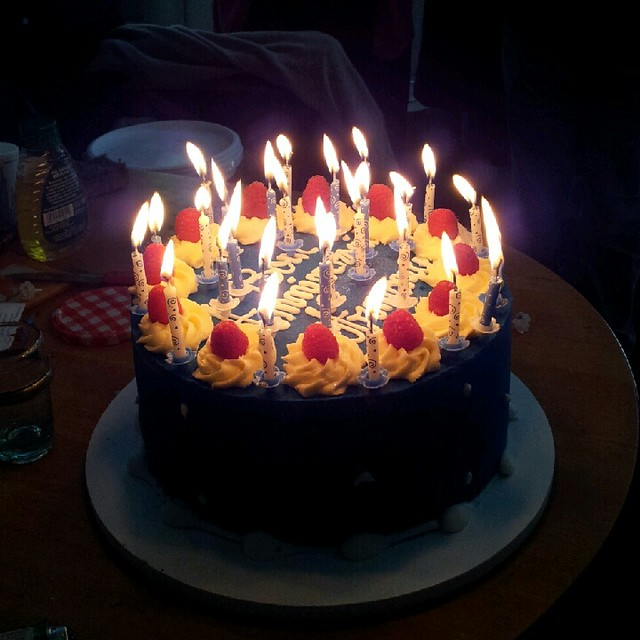 Image Of Birthday Cake With One Candle : photo
