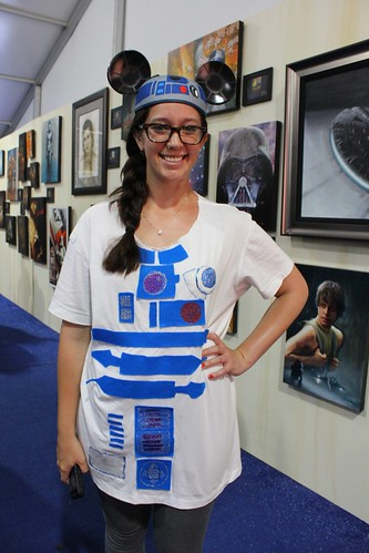 R2-D2 outfit