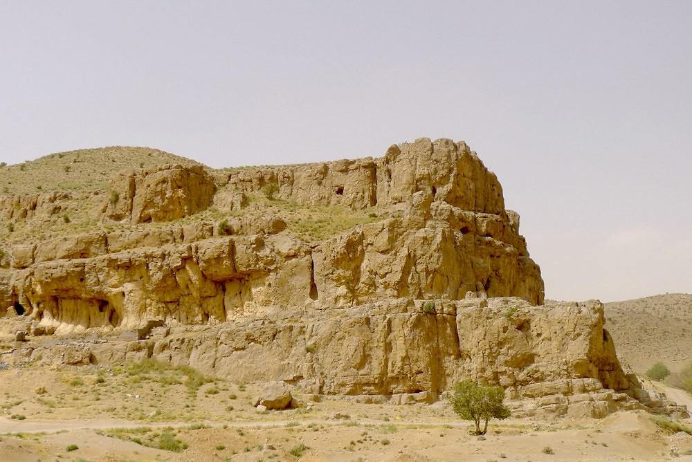 yazd-shiraz-L1030117