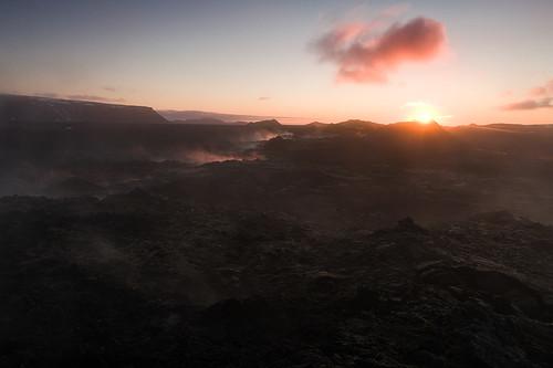 hot nature sunrise landscape geotagged island volcano iceland smoke natuur steam sulfur geothermal landschap isl vulkaan stoom krafla ijsland reykjahlíð leirhnjúkur zwavel norðurlandeystra geothermisch geo:lat=6571319600 geo:lon=1677467000
