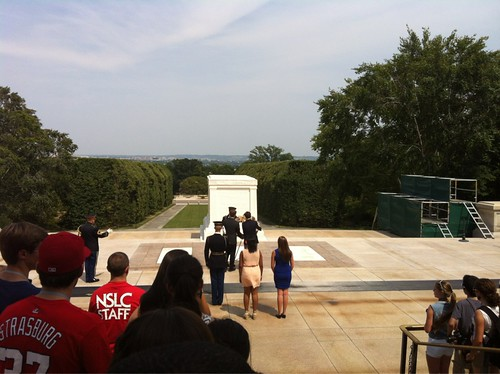 COMM_WREATH_LAYING