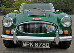 aston martin db6(0.0), automobile(1.0), vehicle(1.0), austin-healey 100(1.0), austin-healey 3000(1.0), antique car(1.0), classic car(1.0), vintage car(1.0), land vehicle(1.0),