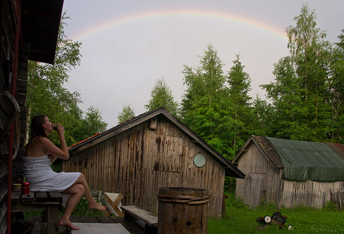 vacation woman nature suomi finland rainbow sauna loma mökki luonto jonna sateenkaari ihminen nainen keuruu haapamäki
