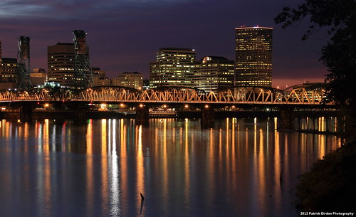 light reflection water glass night oregon river dark portland still pacificnorthwest portlandor oscon willametteriver downtownportland oscon2012 oscon12