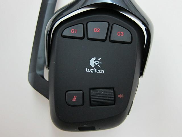 Logitech G930 Wireless Gaming Headset - Buttons
