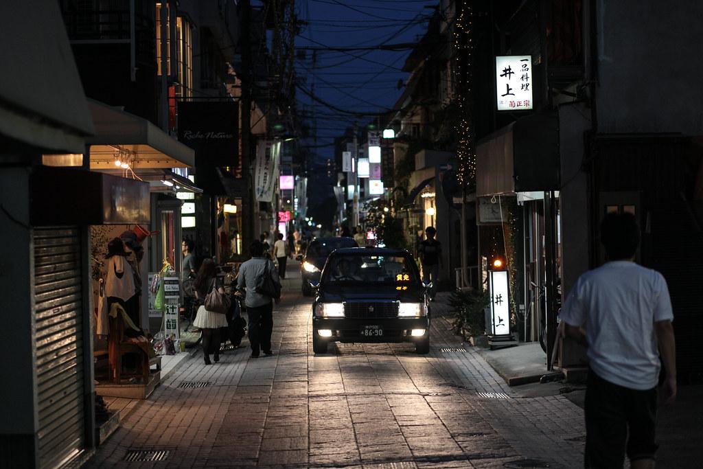Okamoto 1 Chome, Kobe-shi, Higashinada-ku, Hyogo Prefecture, Japan, 0.01 sec (1/100), f/2.8, 85 mm, EF85mm f/1.8 USM