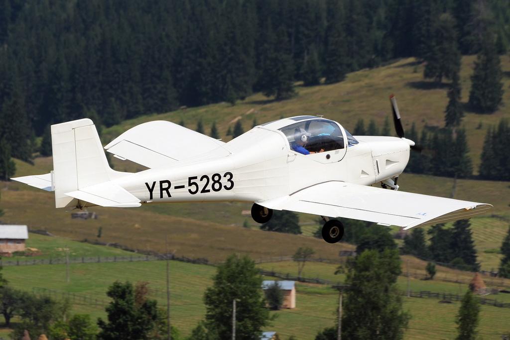 Fly-in @ Floreni - Mitingul cailor putere - Poze 7677975610_e465e41284_o