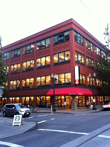 Powell's City of Books - Exterior