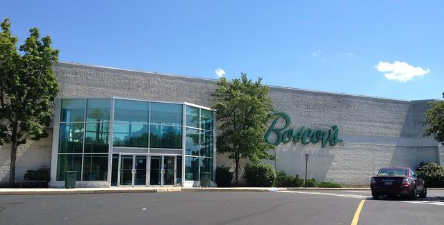 Boscovs - York Galleria