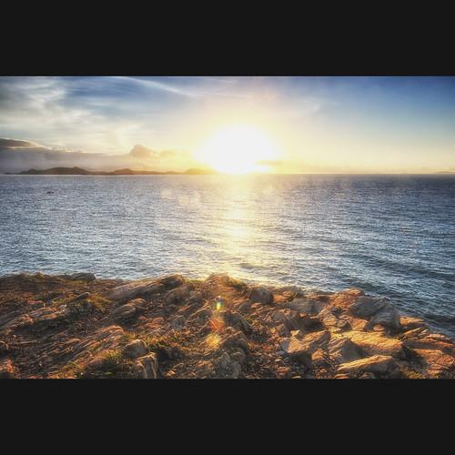 sea summer sky sun color digital 35mm landscape outside photo nikon outdoor lee nikkor 风景 逆光 风光 尼康 光 日出 岩石 光影 摄影 大海 颜色 清晨 阳光 镜头 摄影者 广角 曝光 d700 光圈 earthasia nikonflickraward 尼克尔镜头 flickrstruereflection1