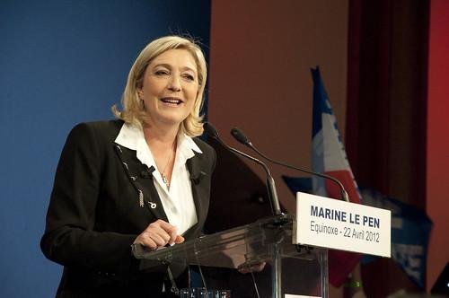 Marine Le Pen à la tribune