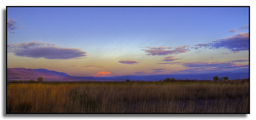 clouds sunrise washington mountadams yakimavalley phato toppenishridge justlivingfarm