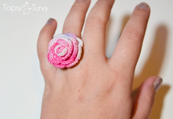 thread-crochet-ring-rose