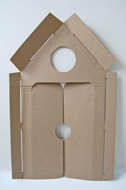 Cardboard house_03