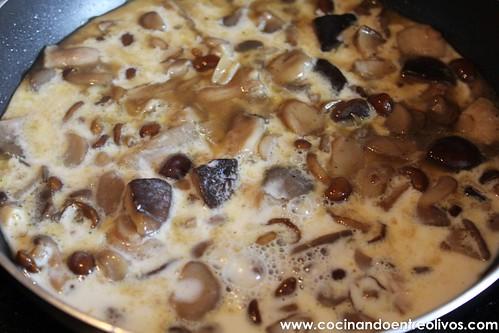 Quiche de pimientos del piquillo rellenos de hongos (10)