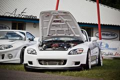automobile(1.0), automotive exterior(1.0), wheel(1.0), vehicle(1.0), performance car(1.0), automotive design(1.0), honda s2000(1.0), bumper(1.0), land vehicle(1.0), luxury vehicle(1.0), mazda rx-8(1.0), supercar(1.0), sports car(1.0),