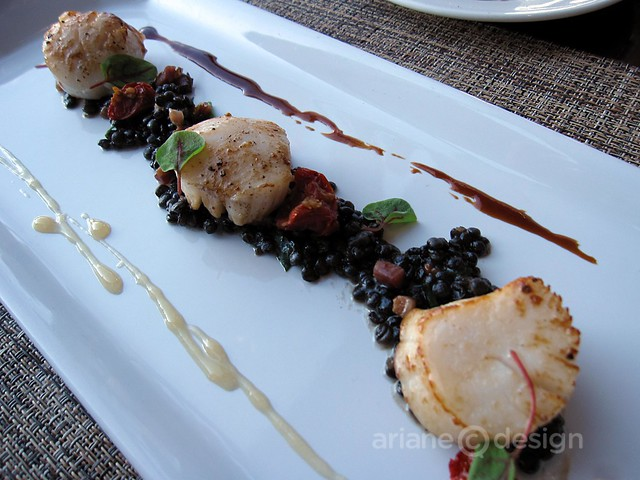 Seared Qualicum scallops, smoked bacon, puy lentil ragoût, sherry jus