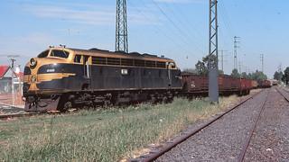 VR_BOX027S07 - B64 at North Fitzroy
