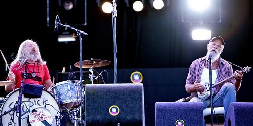 Pinkpop 2012 mashup foto - De mainstage platspelen met z'n tweeen
